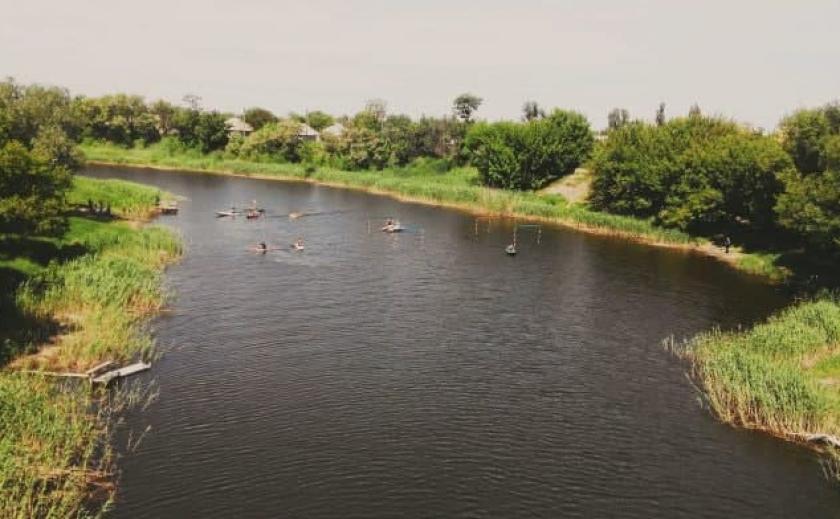 В Павлограде запретили купаться в реке Волчья