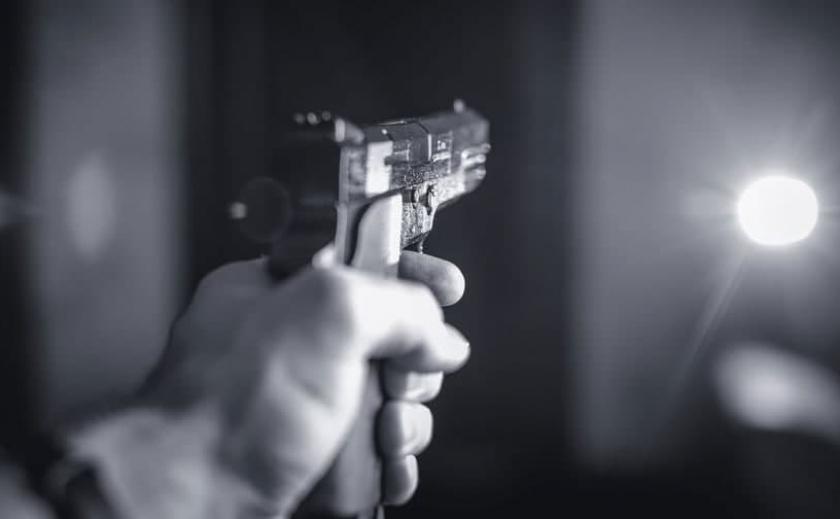 В Павлограде будут судить мужчину, который открыл стрельбу на парковке